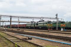 Luninez, GÜTERZÜGE, E-Wagenzug, Belarus, Bahnhof, 2TE10MK-3350, 2TE10, 2M62U-0052, 2M62, 26.07.2013
