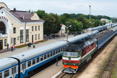TEP70-0372, TEP70, Luninez, D 76, Belarus, Bahnhof, 26.07.2013