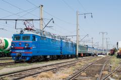 Zug 6, WL80-2592, WL80, Kasachstan, Bahnhof, Arys, 30.07.2013