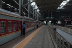 Zug 7317, Shenyang, Nordbahnhof, China, Bahnsteig, 12.08.2013