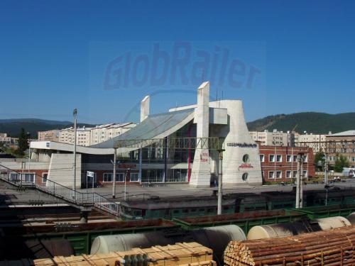 19.08.2004 - Empfangsgebäude von Sewerobajkalsak