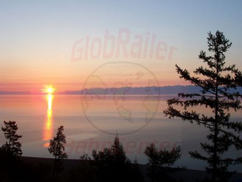20.08.2004 - Sonnenaufgang über dem Ostufer des Bajkal