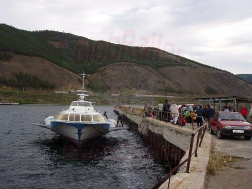 21.08.2004 - Anlegen der Kometa nach Port Bajkal