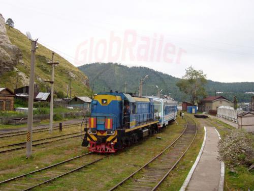 22.08.2004 - Zug 832 nach Sljudjanka im Bahnhof Port Bajkal