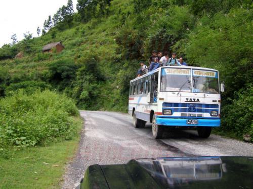 15.08.2007 - Strasse von Barhabise nach Kathmandu-Busskreuzung