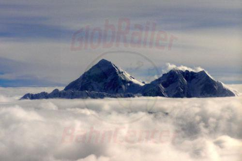 16.08.2007 - Mount Everest und Lhotse