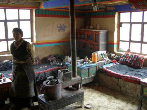 14.08.2007 - Mento-In einem tibetischem Wohnhaus