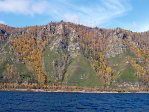 27.09.2003 - Ufer des herbstlichen Bajkalsee
