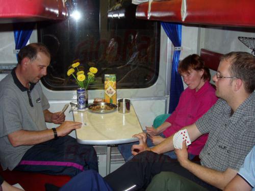02.10.2003 - Skatrunde im Zug 9