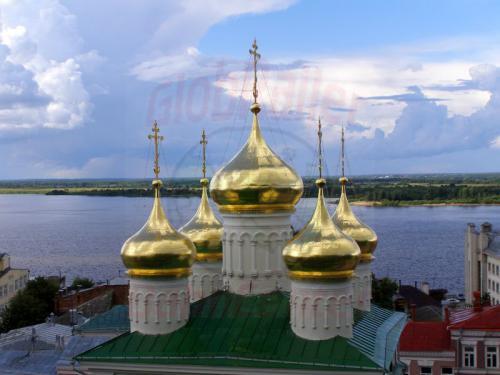 30.07.2008 - Nishnij-Nowgorod goldene Kuppeln an der Wolga