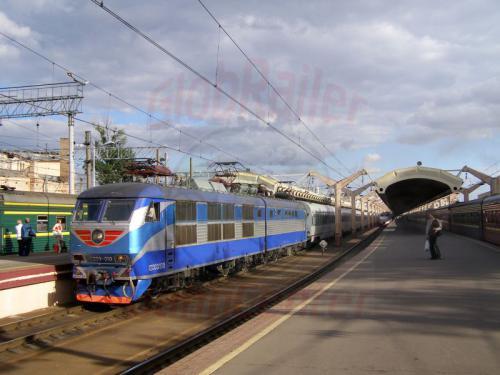 01.08.2008 - Moskau Oktober Bahnhof Schnellzug nach St. Petersburg
