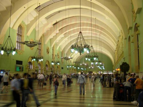 01.08.2008 - Moskau Kasaner Bahnhof Empfangshalle