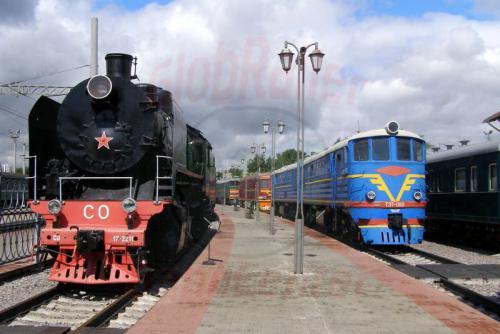 11.08.2006 - Moskau - Museum der Moskauer Eisenbahn-so17-2211 und te7-080