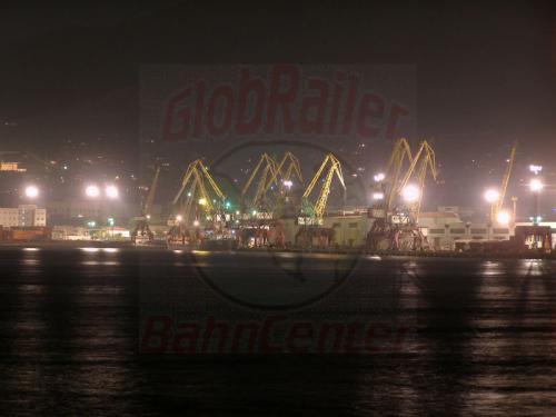 30.07.2006 - Noworossijsk-Hafen bei Nacht