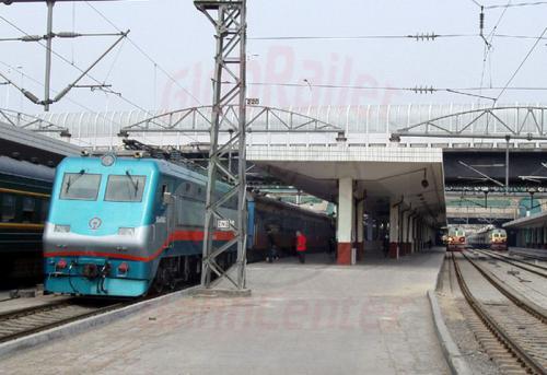25.04.2003 - Zug 20 im Bahnhof von Harbin
