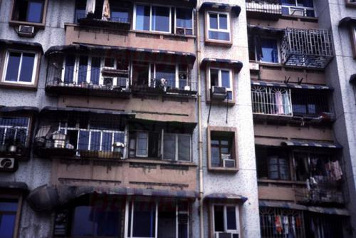 28.04.2003 - Sozialer Wohnungsbau in Shongqing
