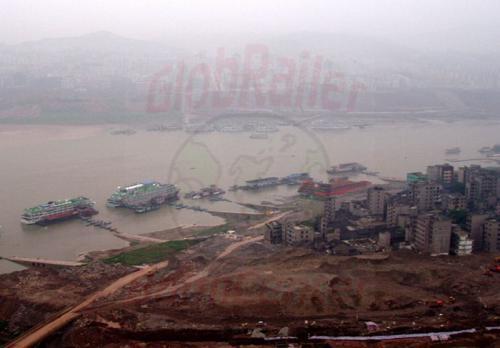 29.04.2003 - Altes und neues Fengdu am Jangtze