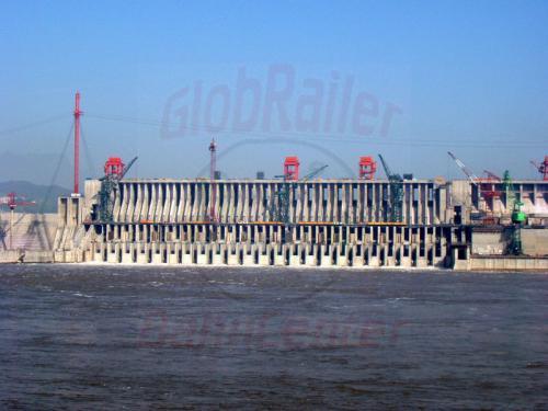 31.04.2003 - Jangtzestaudamm-Turbienenbereich