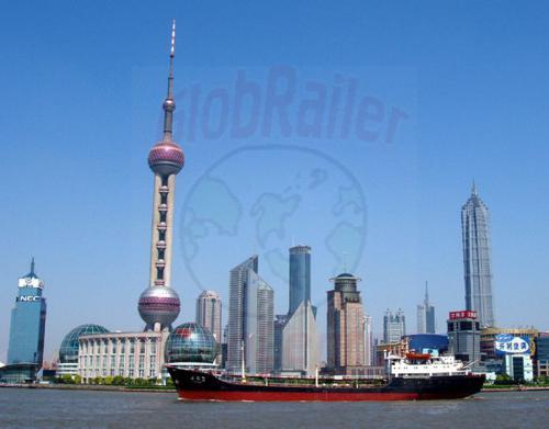 01.05.2003 - Shanghai-Skyline mit Fernsehturm