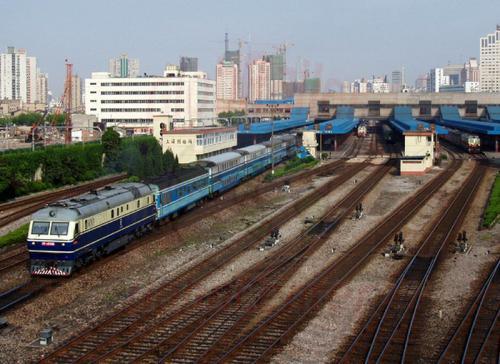 02.05.2003 - Shanghai Hauptbahnhof